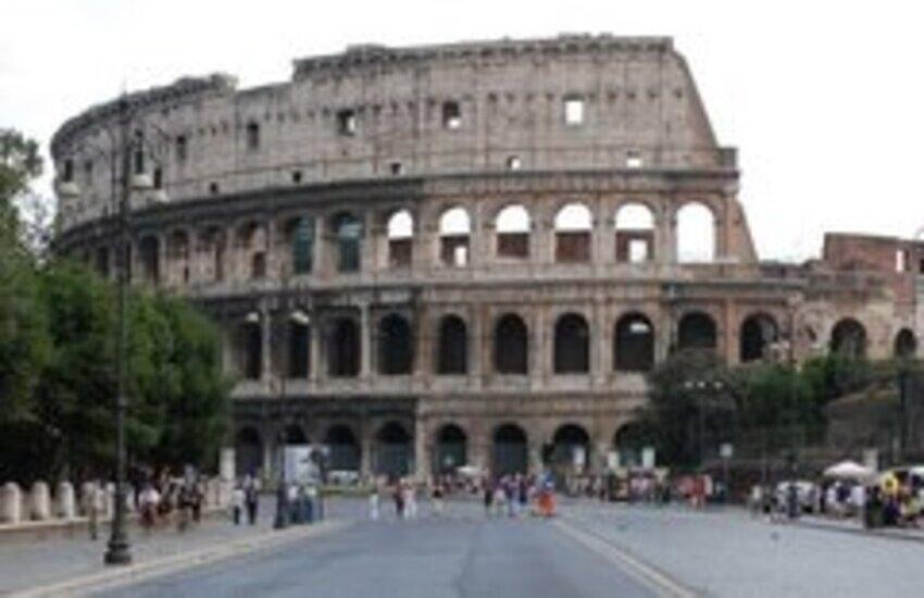 Roma, al via nuovo itinerario pedonale dai Fori al nodo centrale della stazione Termini