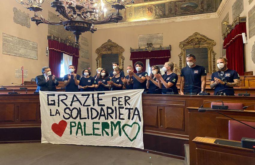 Sea Eye – Orlando conferisce cittadinanza onoraria di Palermo all'equipaggio