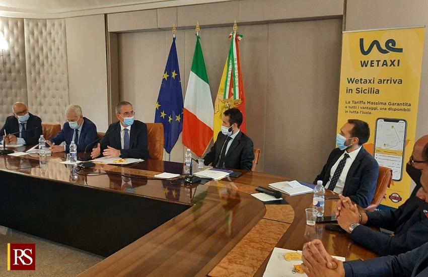 """Trasporti in Sicilia – Presentata l'app Wetaxi, Falcone: """"Veniamo incontro a richieste tassisti"""""""