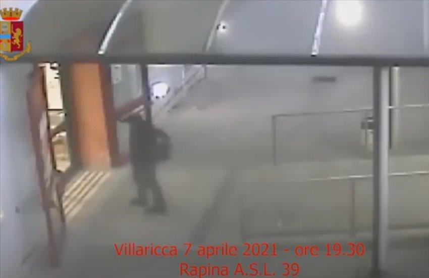Immobilizzavano utenti e personale sanitario dei Distretti ASL di Afragola e Villaricca per scassinare le macchine automatiche (VIDEO)