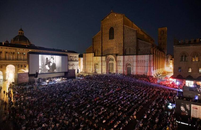 """""""Sotto le stelle del cinema"""" 2021 a Bologna: si parte il 21 giugno"""