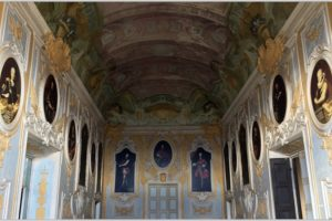 Castello di Camino (AL), recuperati 15 dipinti e pala d'altare: le opere erano state sostituite da foto