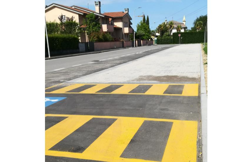 Fossò, in Via IV Novembre  realizzato un nuovo parcheggio a servizio delle attività di Cà Quartiero