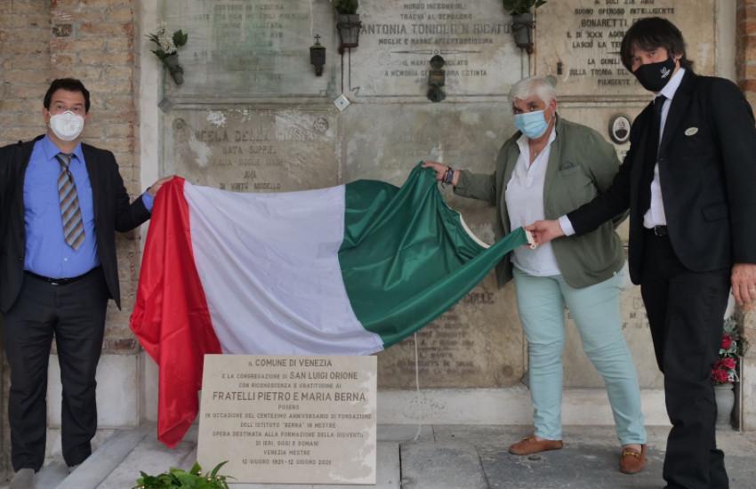"""Centenario istituto """"Berna"""": gli assessori Mar e Boraso alle celebrazioni nel cimitero di Mestre"""