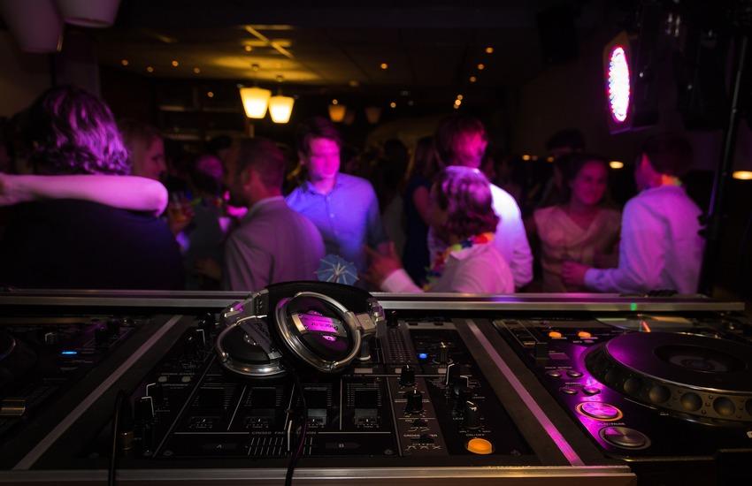 Bookdate – L'app per andare in discoteca lanciata made in Palermo