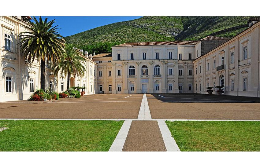 """Il Belvedere di San Leucio (CE) si tinge di rossoblu: """"ripartire da Caserta"""""""