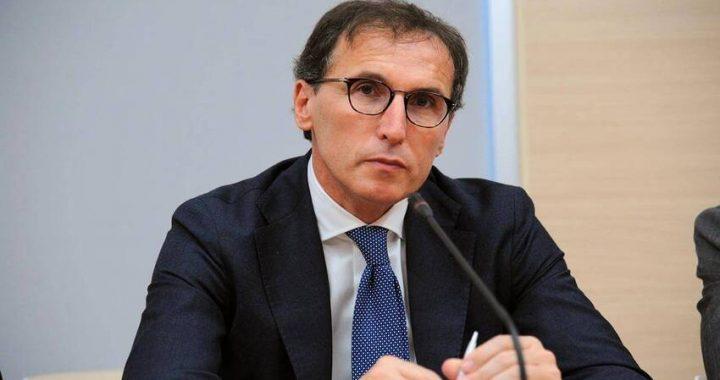 Covid: Boccia, 'Vaccinarsi è da italiani veri, cavalcare rabbia da sciacalli'