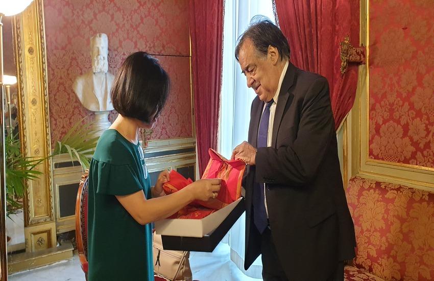 Palermo – Orlando ha incontrato l'ambasciatrice vietnamita in visita in città