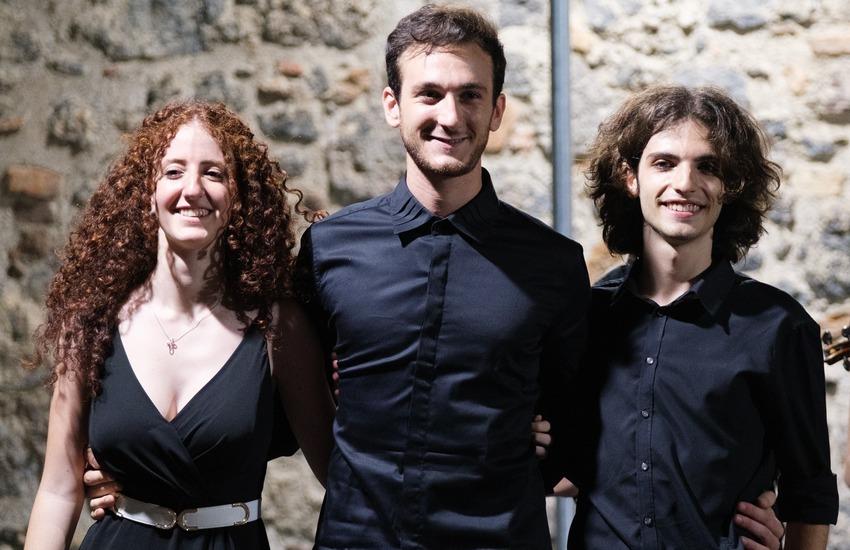 """Replica """"Bach vs Mozart"""", e per le due giovani promesse del pianismo catanese è ancora sold out"""