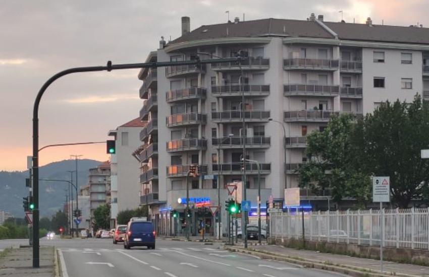 Torino, corso Siracusa: nuovo impianto di rilevamento infrazioni semaforiche