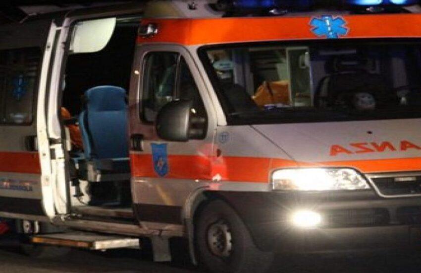 Carrù (CN), scontro frontale tra auto: muore carbonizzato 52enne di Ceva