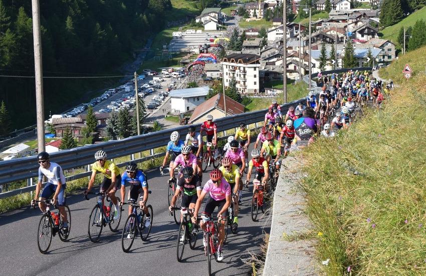Ciclismo, 18 luglio Gran Fondo Sestriere-Colle delle Finestre: programma e limitazioni al traffico