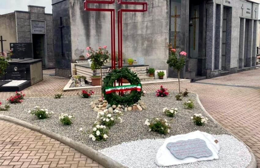 Crescentino (VC), inaugurata targa in ricordo delle vittime Covid