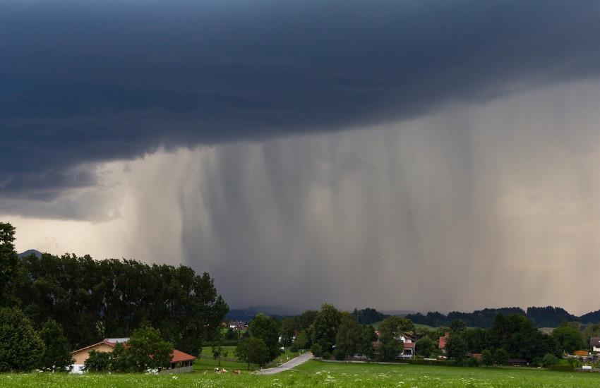 Maltempo, confermata l'allerta meteo gialla su tutto il Piemonte