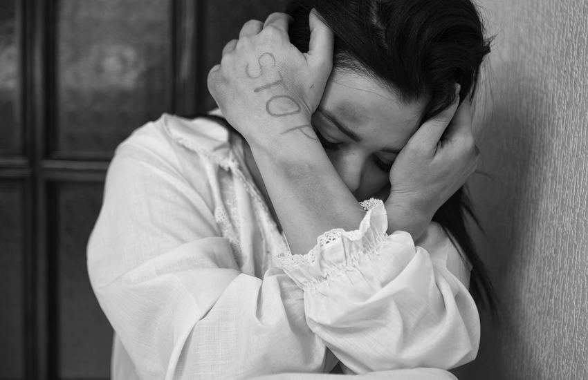 Palermo – Arriva ferita in ospedale, sventato femminicidio