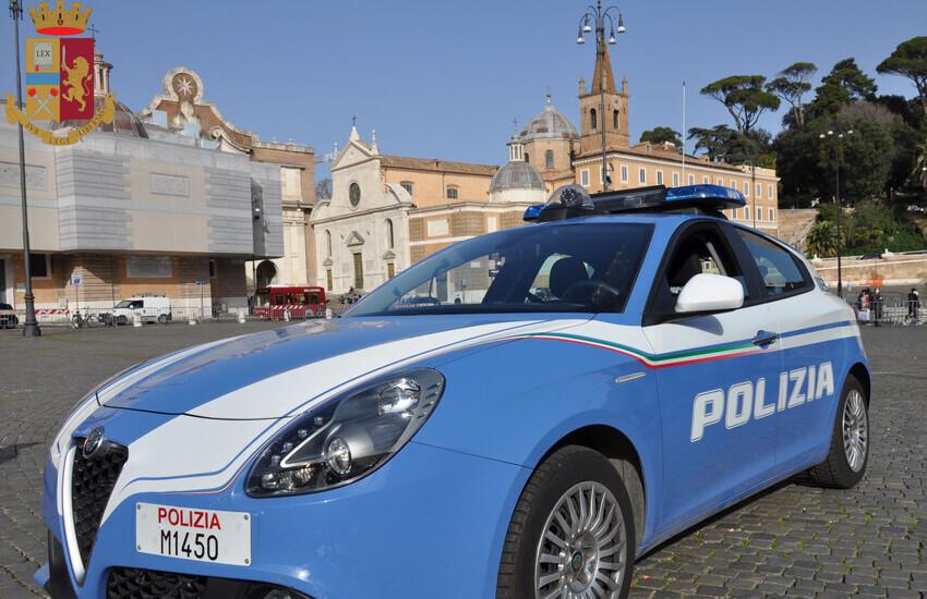 """Roma, """"a ladro a ladro"""" arrestati in 4 che avevano rubato borse"""