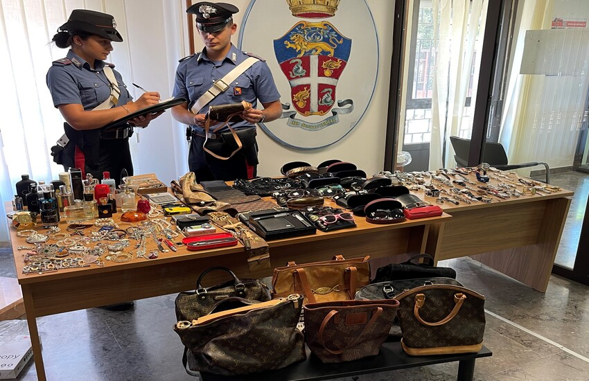 Monreale – Sorpreso mentre tenta di rubare in appartamento, arrestato dai Carabinieri