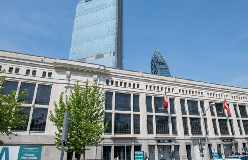 Milano: Superato milione di vaccinazioni in hub Scintille e Portello