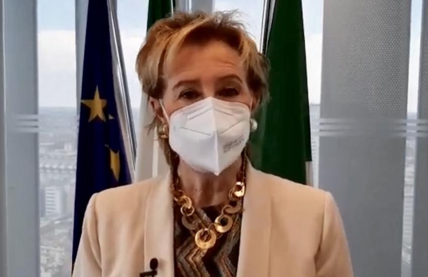 Lombardia: Appello Moratti ai giovani, 'Importante prenotate il vaccino'