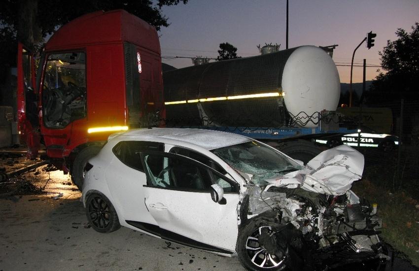 Avezzano, incidente stradale: si scontrano autovettura e autocisterna
