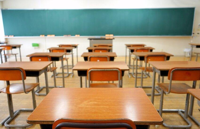 Scuola: Ministero precisa, 'Niente tamponi gratis ai no vax'