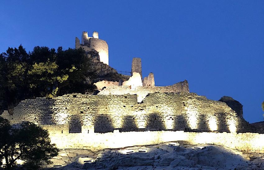 Rocca San Silvestro: la sera del 10 agosto trekking sotto le stelle