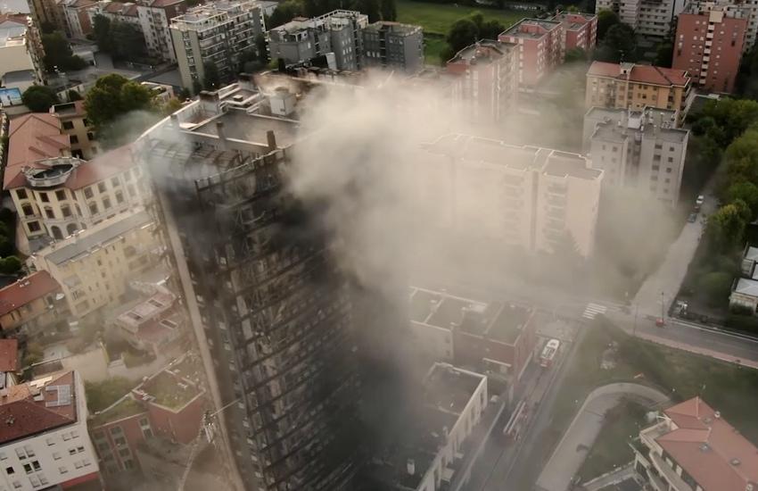 Milano: Grattacielo in fiamme, immagini del giorno dopo col drone (Video)