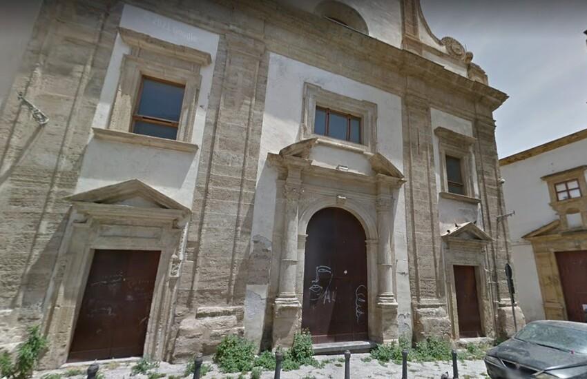 """Palermo – Presso Chiesa di Sant'Andrea degli aromatari vaccini agli """"invisibili"""""""