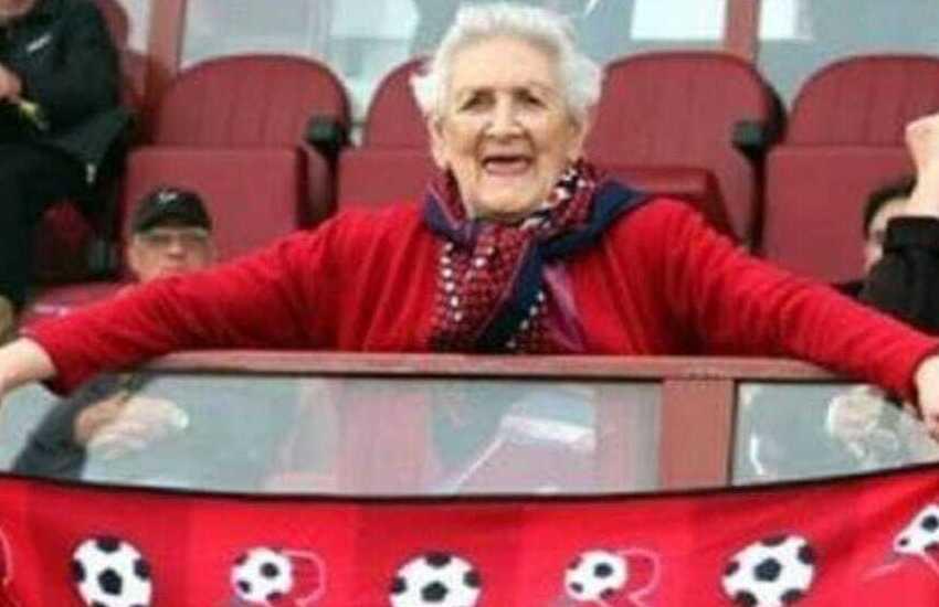 Reggina: 8 anni fa veniva a mancare Nonna Maria, storica tifosa amaranto