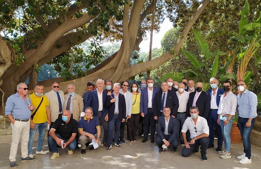 Incendi, la Regione Sicilia firma protocollo con associazioni venatorie per la prevenzione