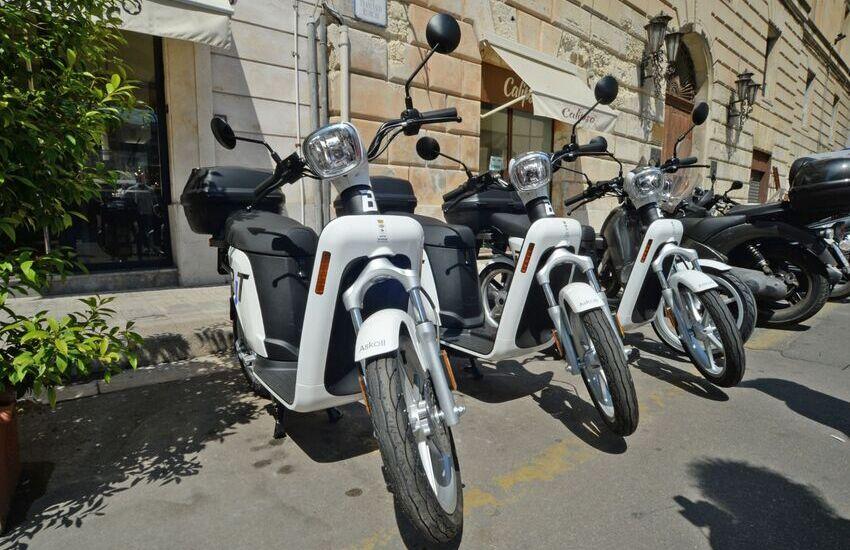 Scooter elettrici, attivo da oggi a Lecce il nuovo servizio sharing