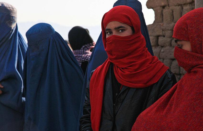Afghanistan, a Sanremo arrivati 121 profughi, 42 sono minorenni