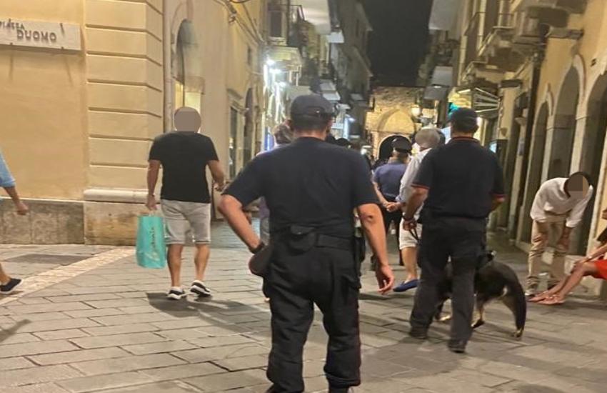 Taormina e Giardini Naxos:  6 persone segnalate quali assuntori di stupefacenti e 2 locali pubblici sottoposti a chiusura temporanea per violazioni alla normativa anti-covid