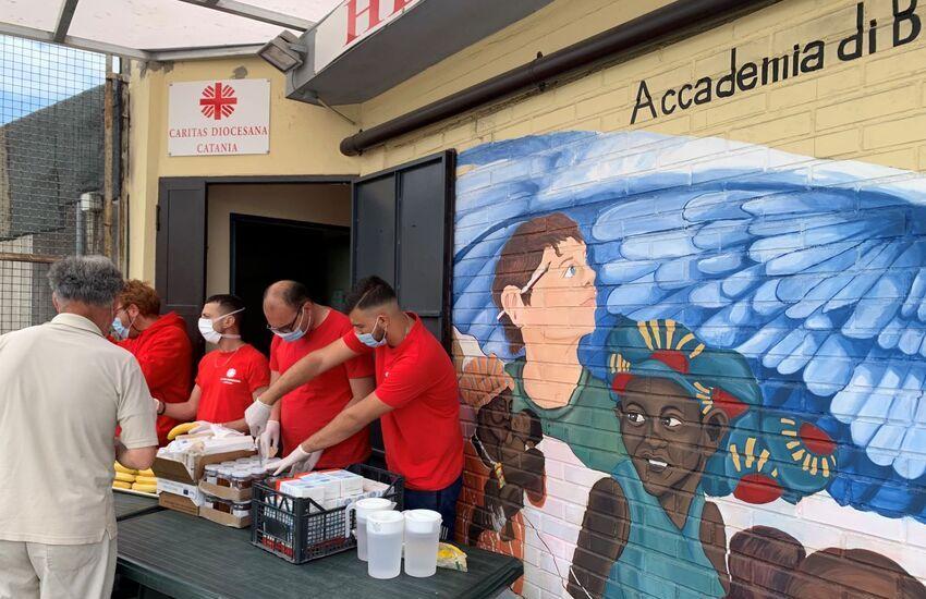 Catania, la Caritas non va in vacanza, servizi attivi anche per Ferragosto