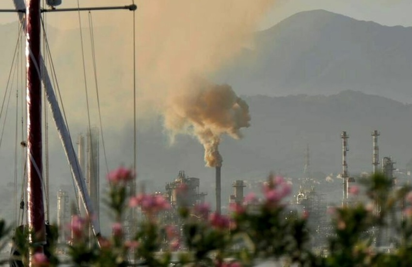 Fumata nera alla Raffineria di Milazzo: ecco cosa è successo