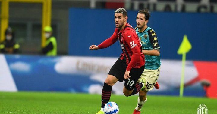 Milan: Theo Hernandez, 'Giochiamo per lo scudetto'