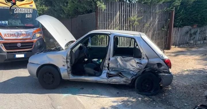 Bari, 21enne tenta di investire carabiniere e travolge auto: ferita una donna