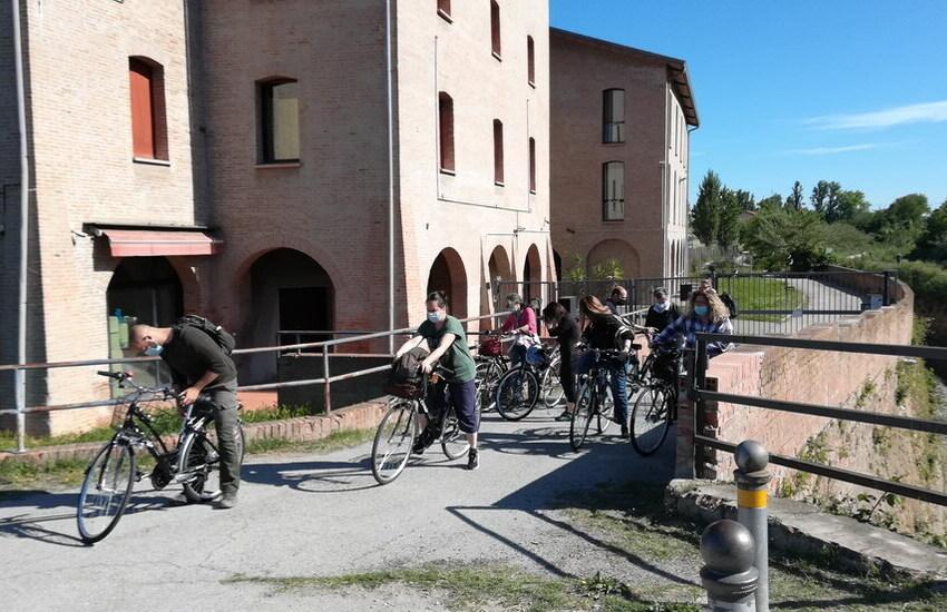 Dall'Opificio ai Musei, pedalando lungo il Navile