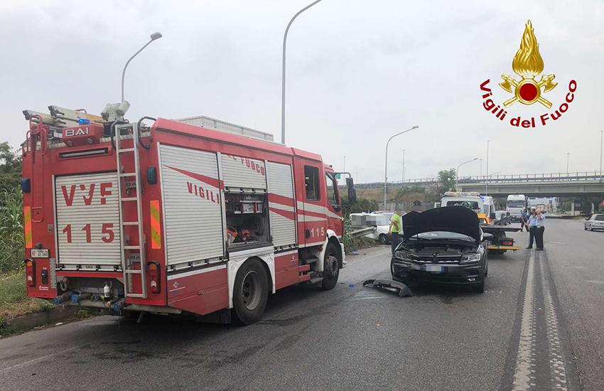 5 feriti, anche una donna incinta in un incidente a Marcianise(CE)