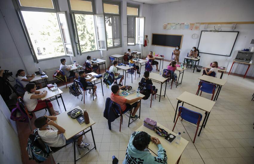 Milano: Si torna a scuola con orari scaglionati