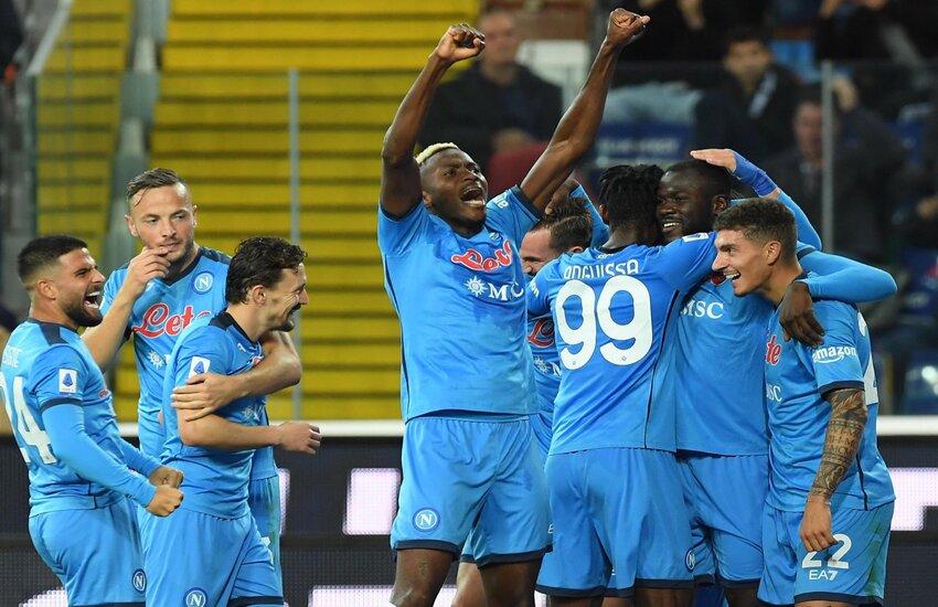 Serie A: Il Napoli annienta l'Udinese ed è solo al comando
