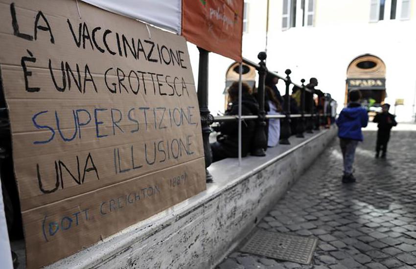 Covid: 56enne no vax muore nel Pavese: aveva cercato di curarsi a casa