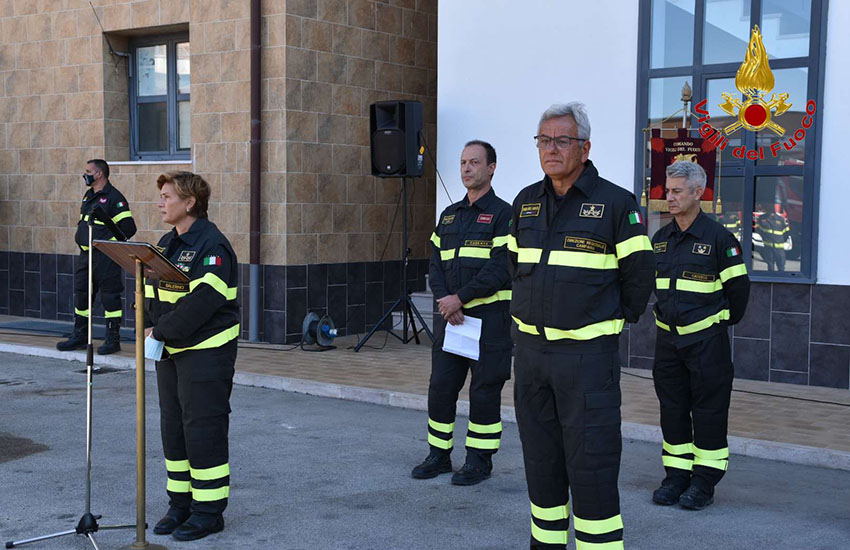 Passaggio di consegne al Comando Provinciale dei Vigili del Fuoco