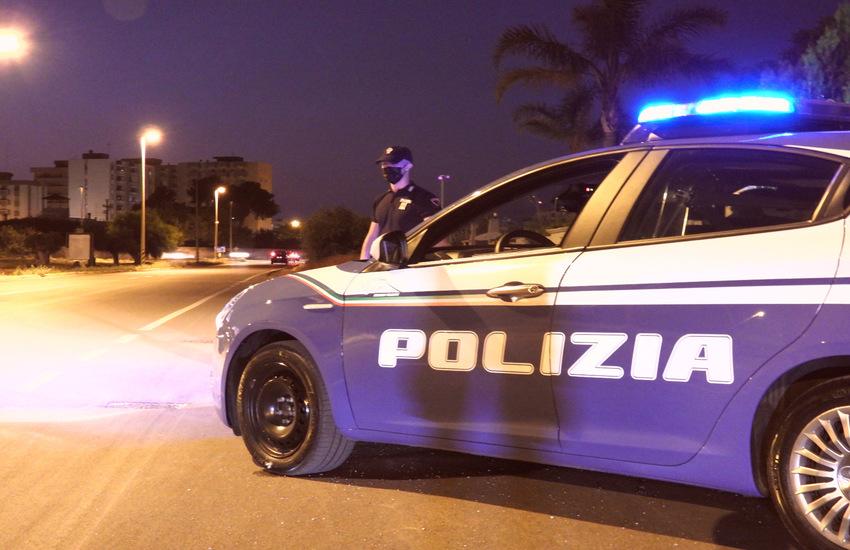 Taranto: In escandescenza in chiesa, Polizia scopre che è ricercato internazionale e lo arresta