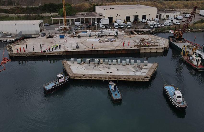 Taranto: Mercato Ittico galleggiante, prosegue rimozione