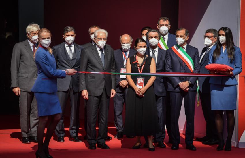 Milano: Mattarella, 'Salone del Mobile simbolo di ripresa del Paese'