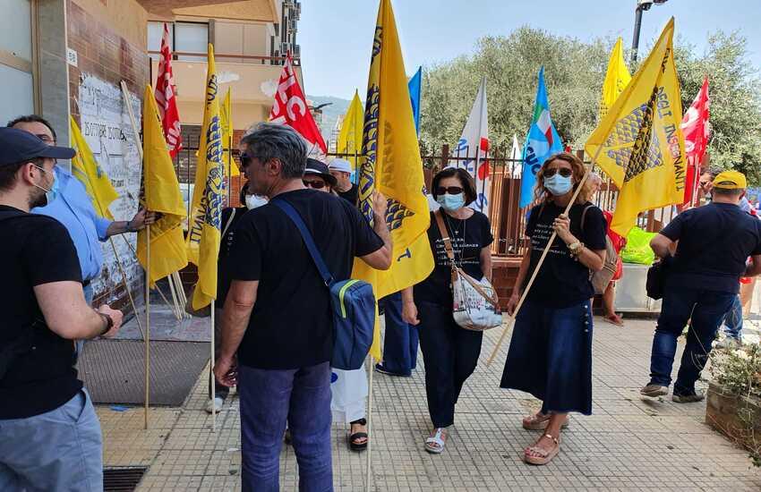 """Caso Liceo Verga di Adrano, i sindacati: """"Pronti a rivolgerci al Ministero"""""""