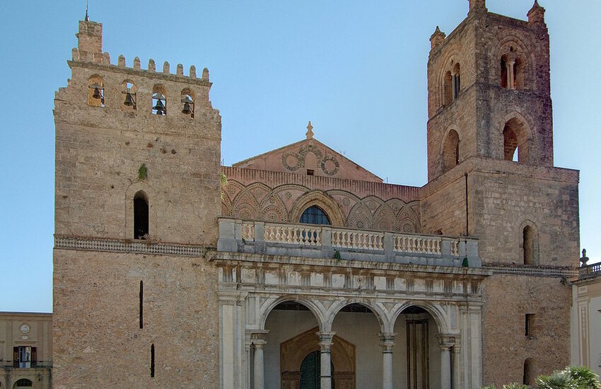 Monreale, al Duomo si sposa il principe di Borbone