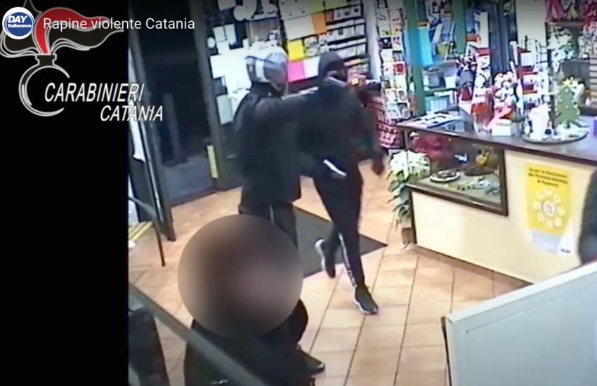 Catania, sgominata gang di rapinatori violenti – Ecco i VIDEO degli assalti