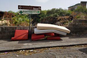 Catania, dove il rifiuto più nauseante è chi si ostina a sporcarla